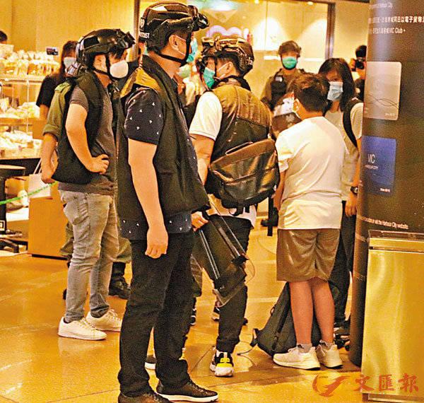 今日起,港警不认可香港记协会员证