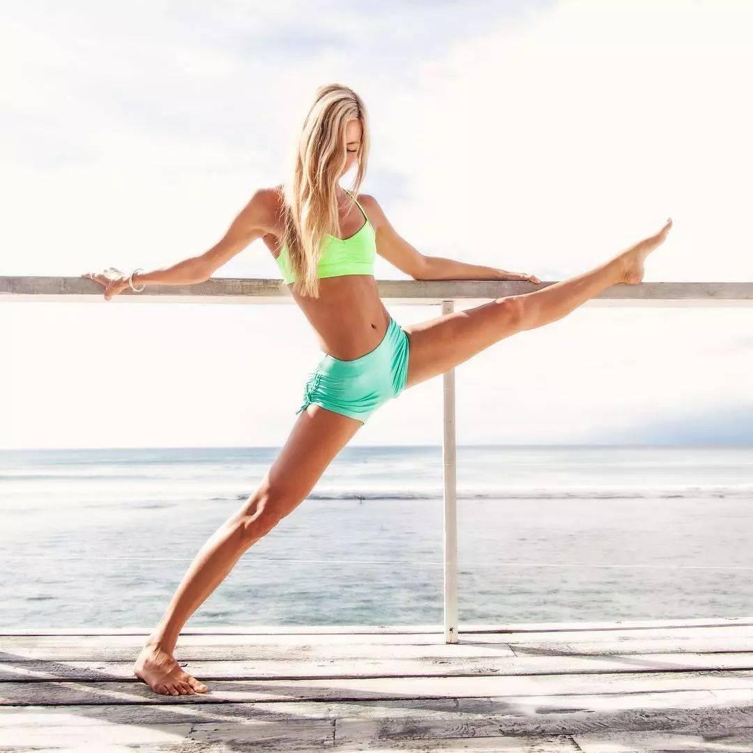 导致腰部赘肉的原因,一个简单瑜伽动作,就可以瘦回去!_脊柱