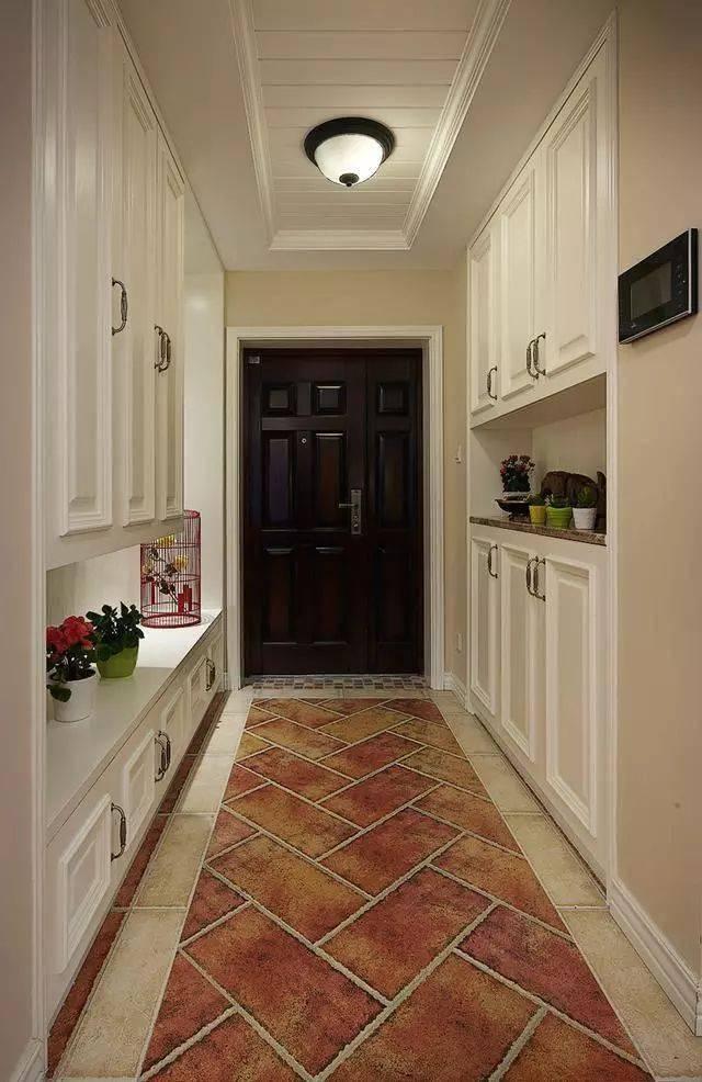 121㎡美式新房装修图,玄关的设计可以参考,美观还特别的实用