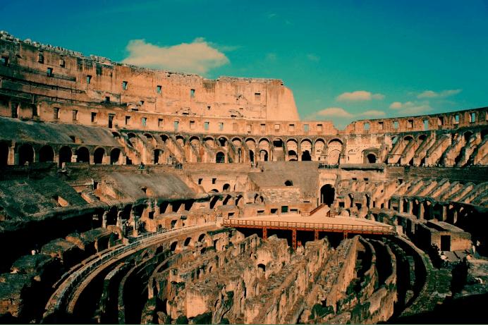 比西罗马更文明,却更诡计多端,拜占庭改朝换代之际如何维持统治
