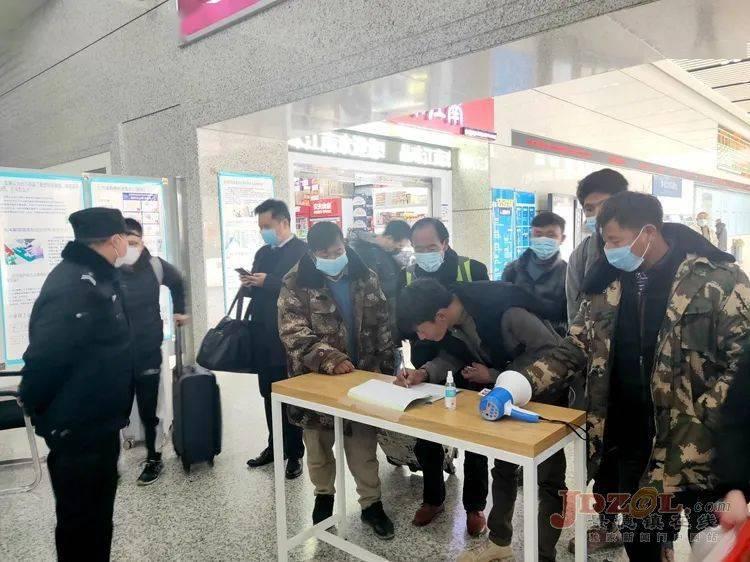 景德镇北站:客流量大幅下降,疫情防控严格