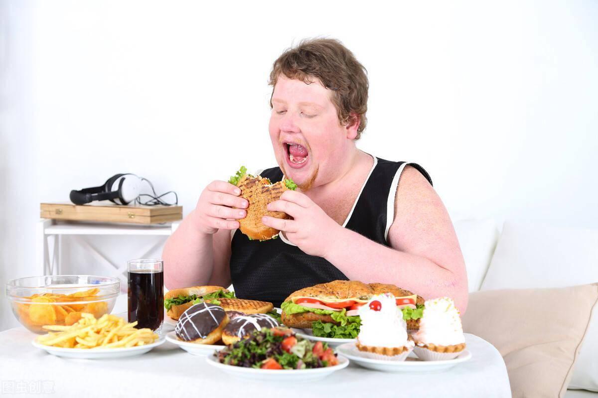拉菲8总代:减肥先减胃!5个饮食技巧,帮你控制卡路里摄入,提高减肥速度