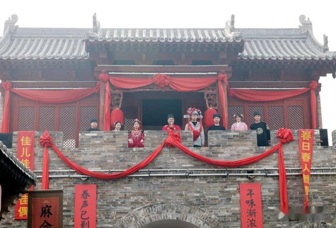 中国年在忻州:忻州古城真红火  第31张