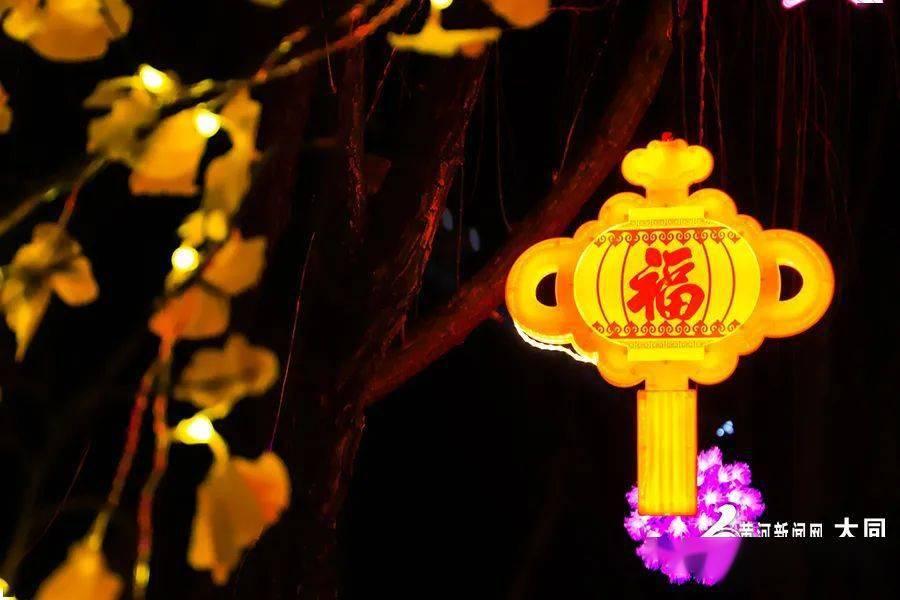 【新春走基层】扮靓城市街景 喜迎新春佳节  第6张