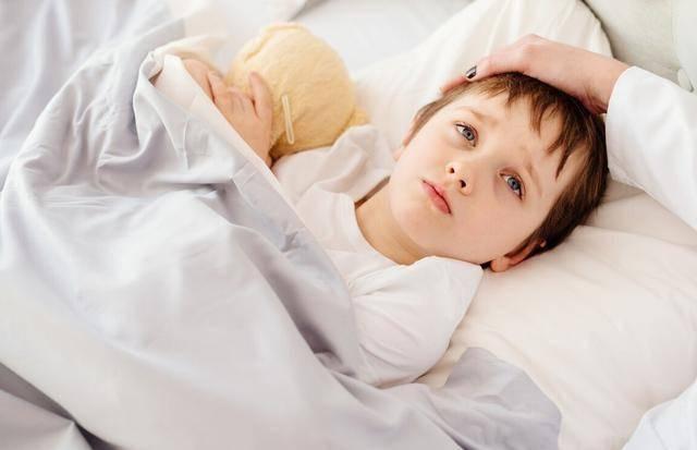 这四种伤脾胃的食物少给孩子吃,以免影响娃的生长发育  第3张