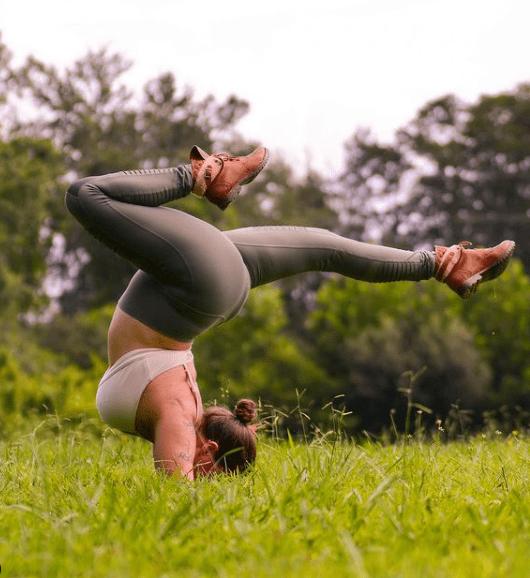 胖,不是拒绝瑜伽的理由!_Joe