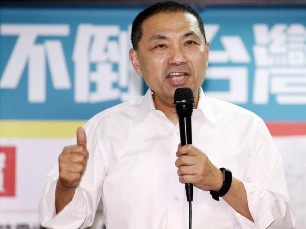 张亚中邀赵少康辩论两岸路线,台湾媒体人:侯友宜已提出最佳方案