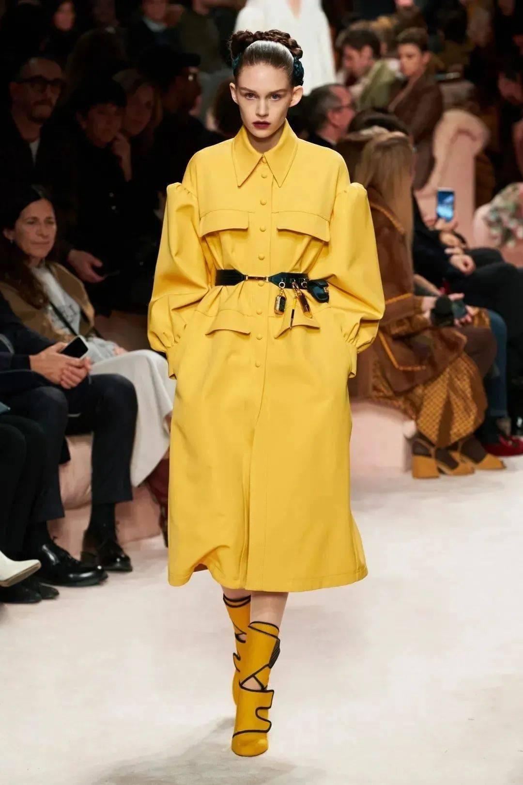 色彩趋势 | 在时尚领域,怎样才能走向辉煌(灰黄)?