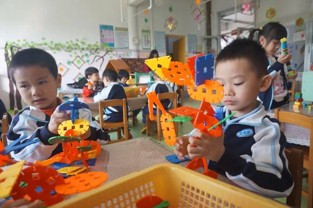 新造镇中心幼儿园的娃娃们!终于盼到你们回来了!