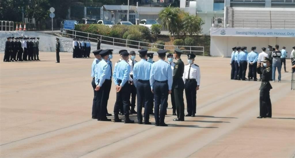 解放军部队入驻香港警察学院 港媒:为纪律部队教授中式步操
