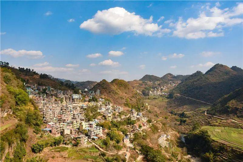 广南侬人谷风景美如画,养在深闺待人识