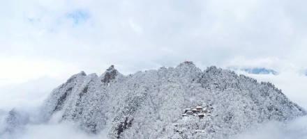 全网点赞!秦岭雪景冲上热搜…未来几天这里或迎雨雪