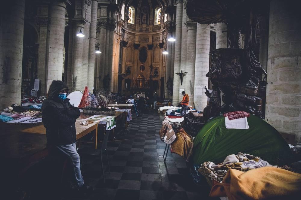 早上好·全球|丹麦不法香港移民占有主教堂,规定政府部门出示合