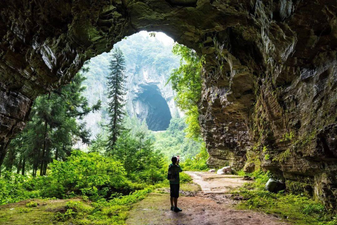 湖北隐藏了一个旷世仙境,被CNN评为中国最美仙境,比九寨更纯粹,美得不像人间
