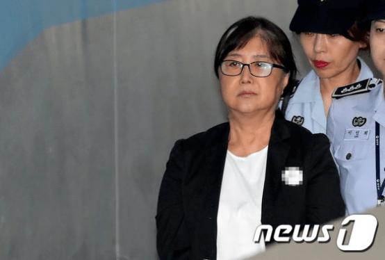 """盛图注册朴槿惠闺蜜说在狱中""""遭性骚扰"""",韩国网友哗然"""
