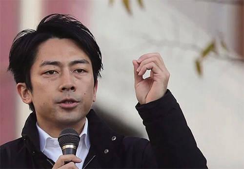 """日本环境大臣小泉进次郎转移视线""""点名""""中国,赵立坚:先管好自己"""