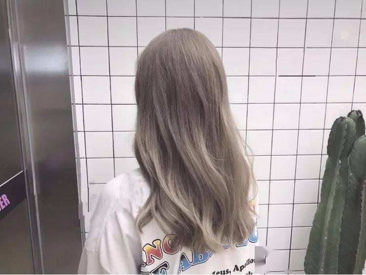 这几款发色,你可千万不要染,越染越显黑!