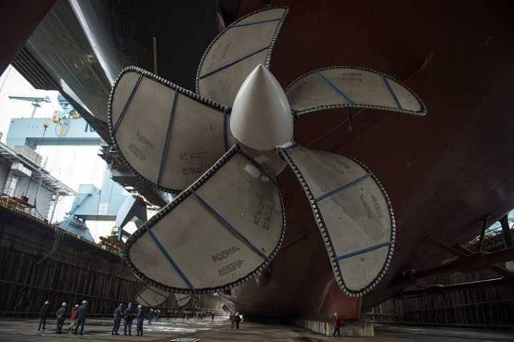 我国造出世界最大船用螺旋桨,4层楼高重480吨(图4)