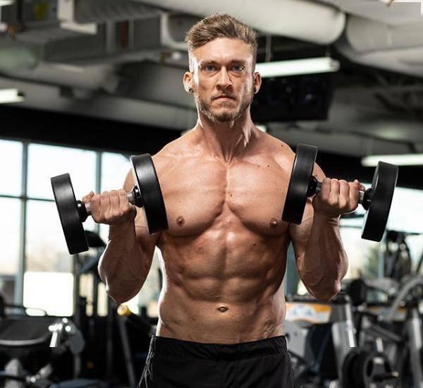 锻炼腹肌时,很容易出现错误与误区,注意这些弥补自身伤害_运动