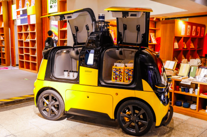 通过自动驾驶周身30多颗传感器最大程度保障车辆行使安全无人车 无人车 第9张