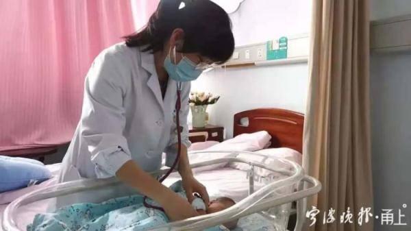 2岁女婴被拖成重疾!医生痛心,父母后悔不已