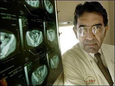 美传染病专家在印度感染新冠去世,此前已注射两针辉瑞疫苗