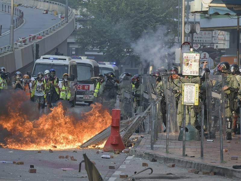 香港4名暴徒分别被判入狱51至56个月!涉暴动、纵火等罪
