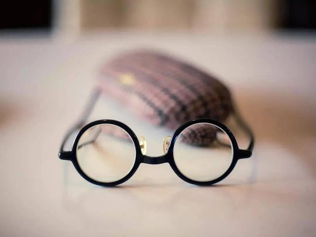 配眼镜的十大禁忌