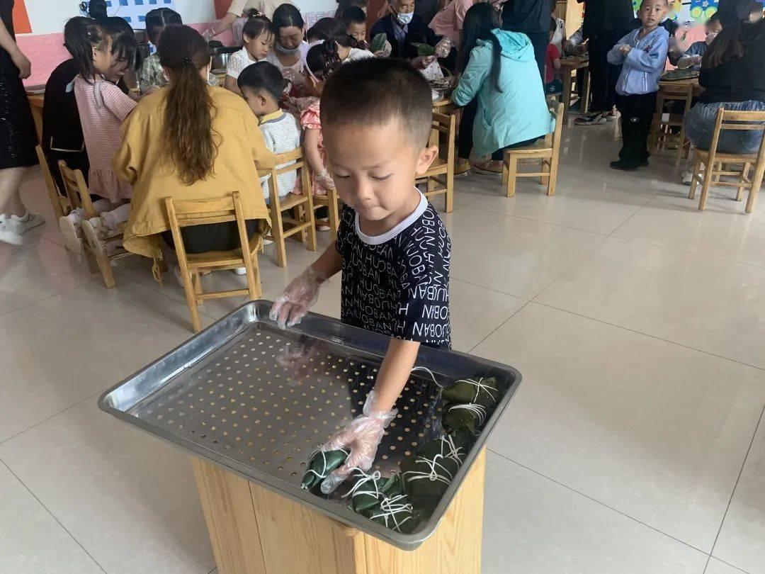 传承文化 浓情端午 孪井滩生态移民示范区幼儿园开展端午系列活动