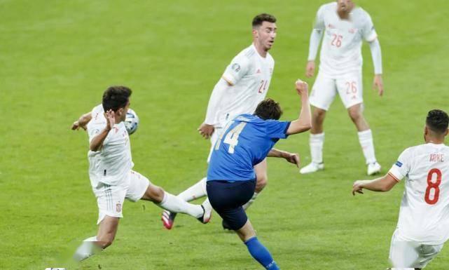 盛图登录:意大利6连胜剑指冠军!点球5-3胜西班牙晋级决赛,1将功过抵消(图2)