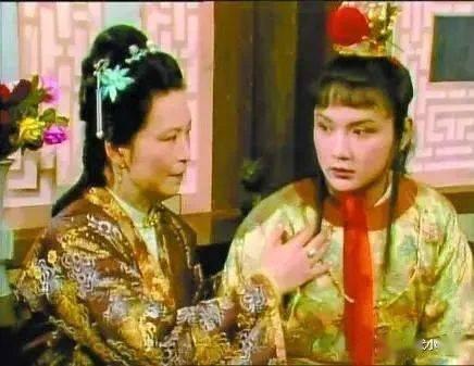 """原创             戴健:""""宝黛初会""""所隐""""木石前盟""""之悲"""