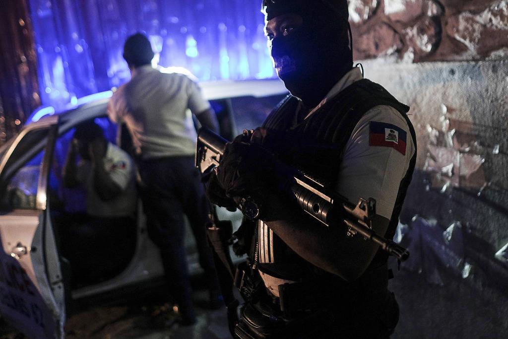 美媒称海地总统遇刺案疑点多:调查人员进现场受阻 目击者失联