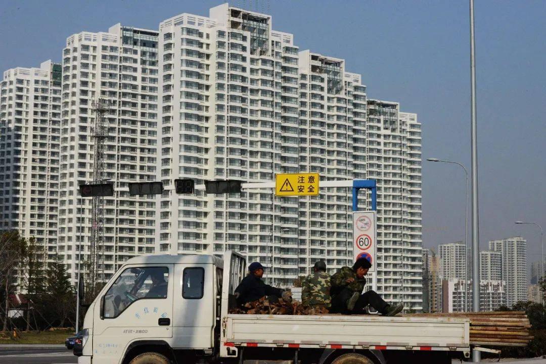 青岛房价排行_10个特大城市房价排名:杭州第一,成都低于武汉!