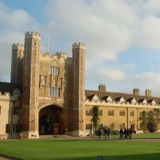 这所英国大学竟碾压牛剑,各种排行榜大有玄机!疫情下,什么更重要?