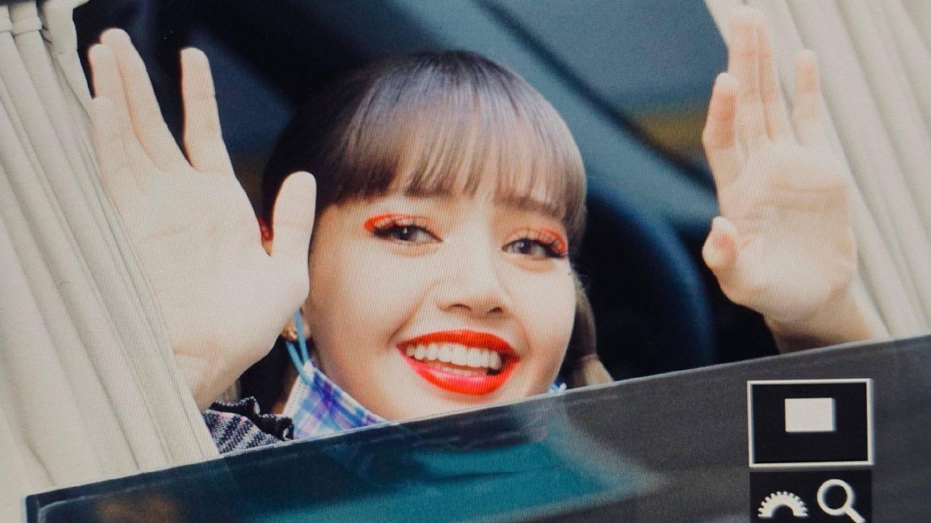 "Lisa新妆容被指""吓人"",从韩妆换成欧美妆,造型雷人屡遭吐槽"