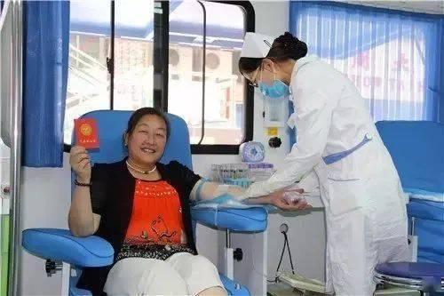 爱心献血18年 为更多生命带来希望 | 记雅安市第六届四川省助人为乐道德模范蒋素华